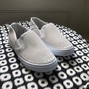 NEW Perforated Sneakers Off White